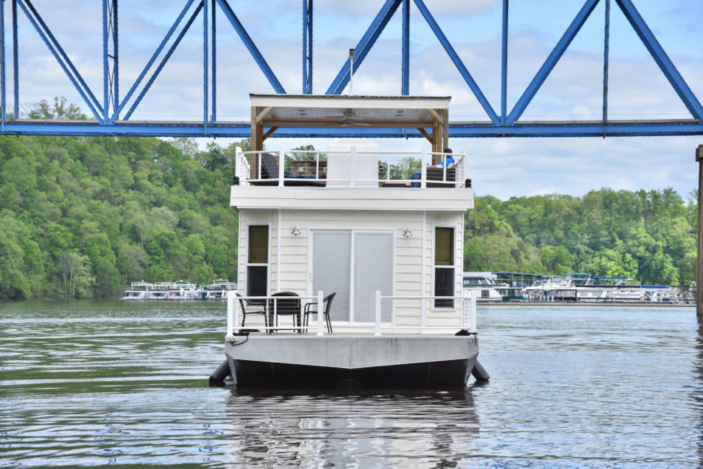 Harbor Cottage Houseboats Building Quality Cottage And
